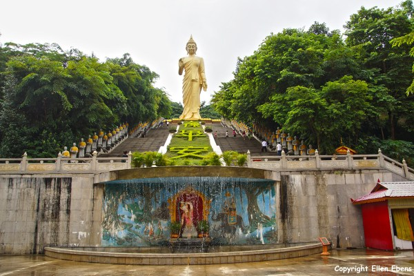 The big Buddha statue at the Meng Le Temple complex near Jinghong