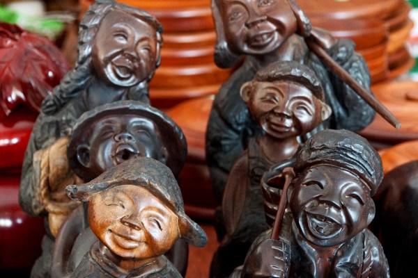 Souvenirs in a shop at the Meng Le Temple complex