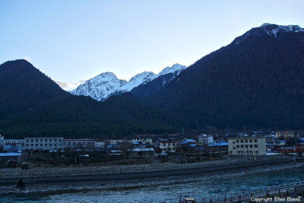 The town of Bome (Pome) in eastern Tibet