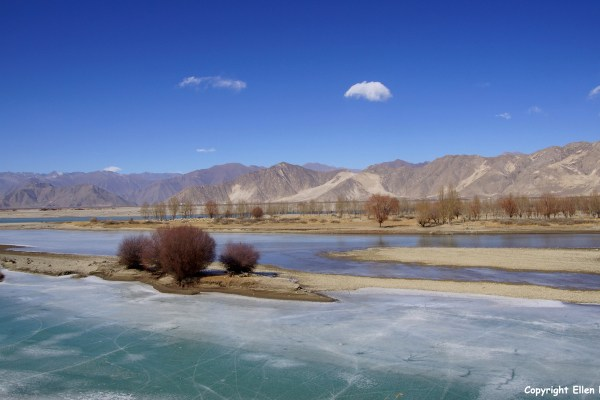 The Yarlung Tsangpo River valley