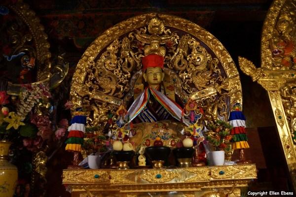 Statue at Gongkar Chöde Monastery