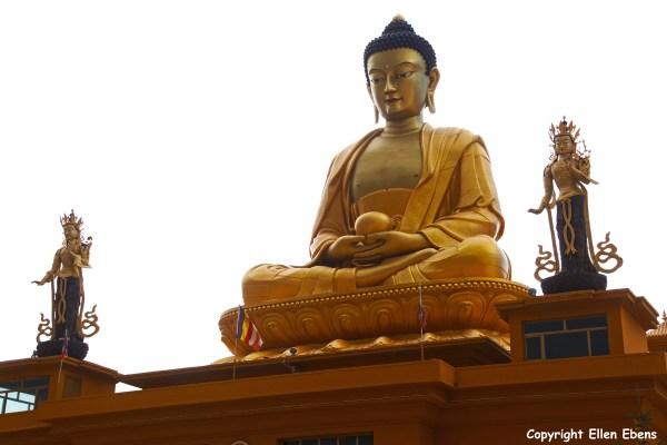 Nangchen town Buddha statue