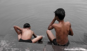 Bathing on the ghats of the river in the centre of the city of Ujjain