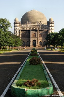 The Gol Gumbaz, the mausoleum of a former Sultan of Bijapur at the city of Bijapur.