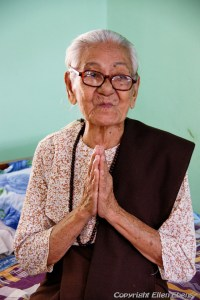 Old lady at the Daw Oo Zoon home for the elderly, Mingun