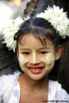Young girl at the Shwenadaw Kyaung Monastery, Mandalay