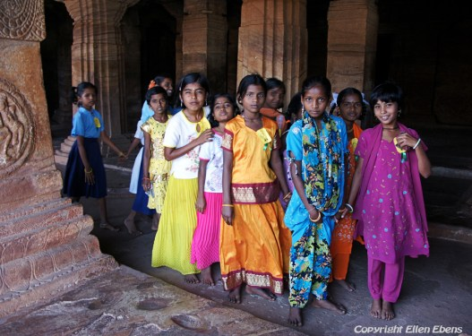 Schoolchildren on excursion to the cave temples of Badami