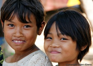 Girls at the city of Pyay