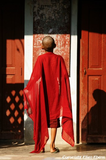 Amarapura, young monk at the Mahagandayon Kyaung Monastery