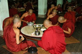 Bago, monks having their lunch at the Kha Khat Wain Monaster
