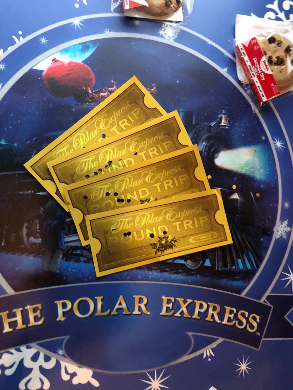 All Aboard! St. Louis Polar Express Giveaway!   St. Louis Family and Lifestyle Blogger Liz from Ellie And Addie