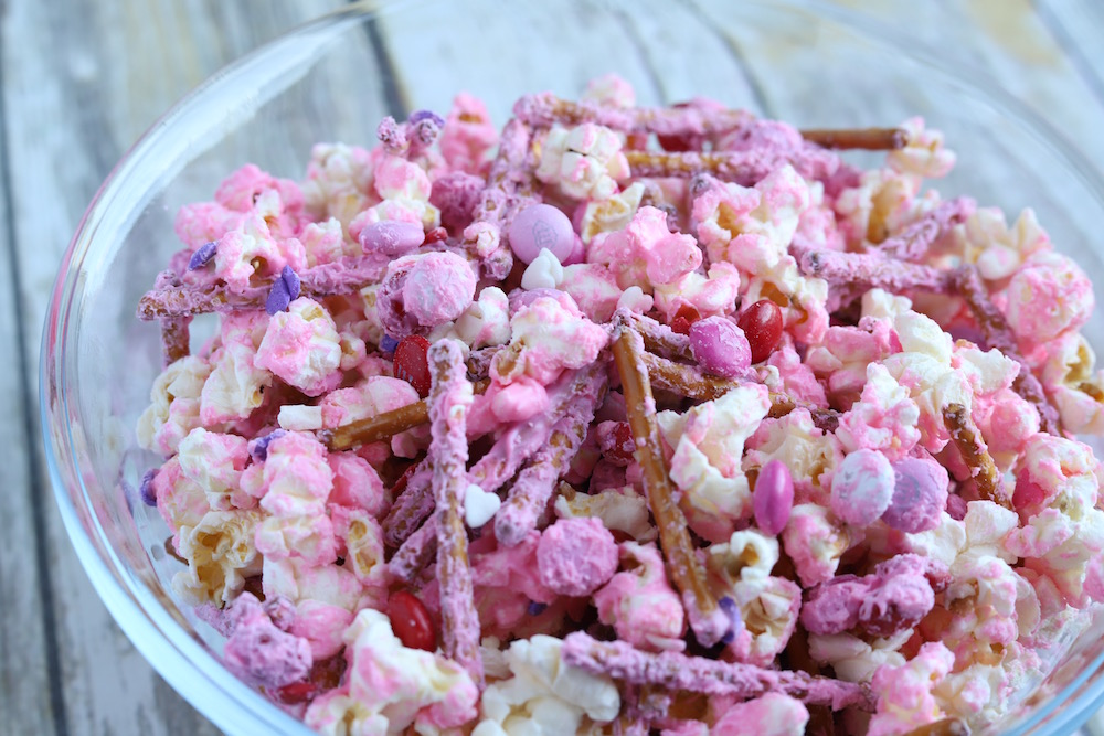 Valentine's Day Popcorn - a party popcorn snack mix for Valentine's Day from St. Louis Family and Lifestyle Blogger Liz of Ellie And Addie