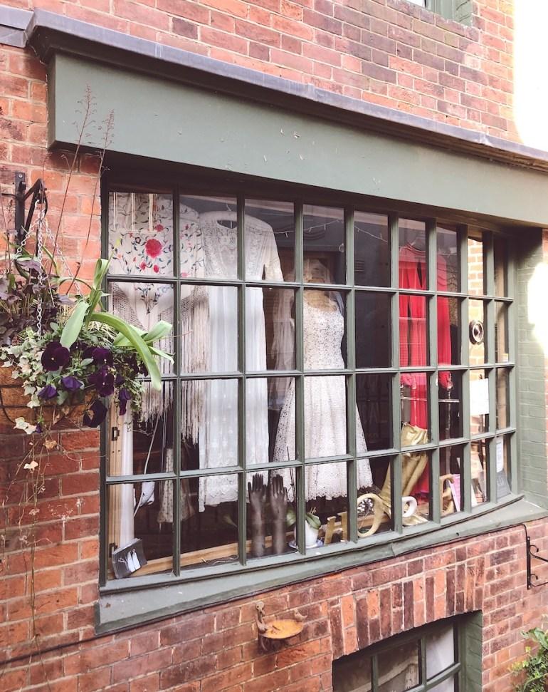 vintage clothes store brighton