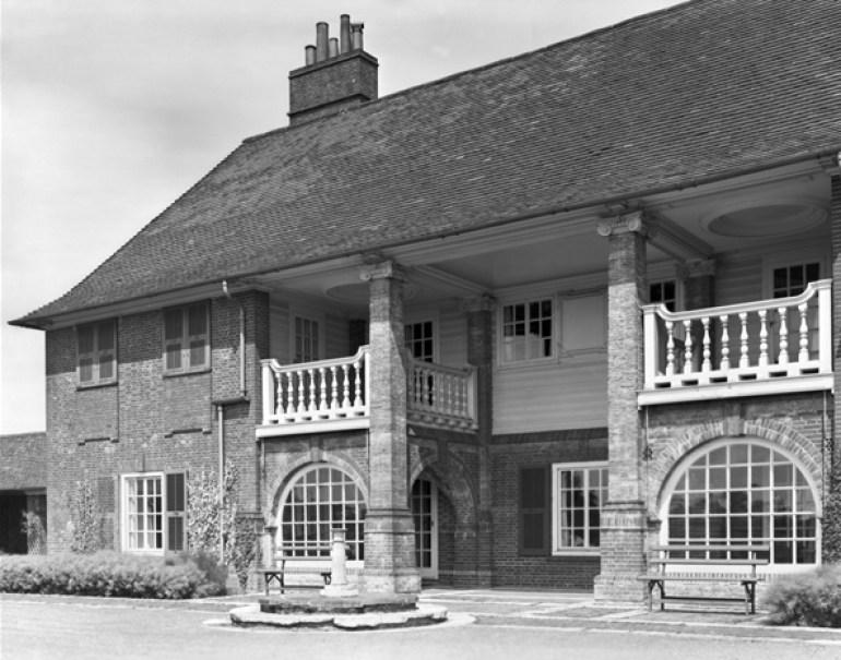 monkton house sussex lutyens architect