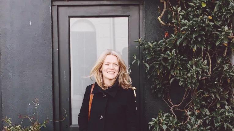 Ellie seymour travel blogger author