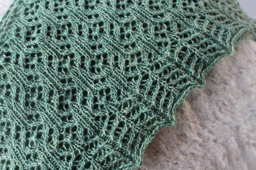 Heart of Wales Shawl in Elliebelly Angel Fingering