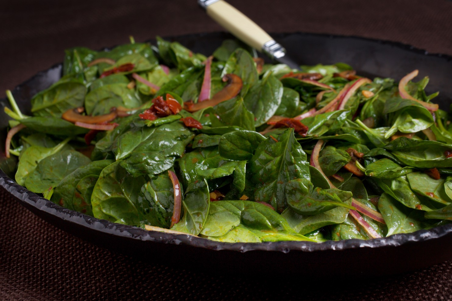 Warm Spinach Salad With Mushrooms And Sun Dried Tomatoes