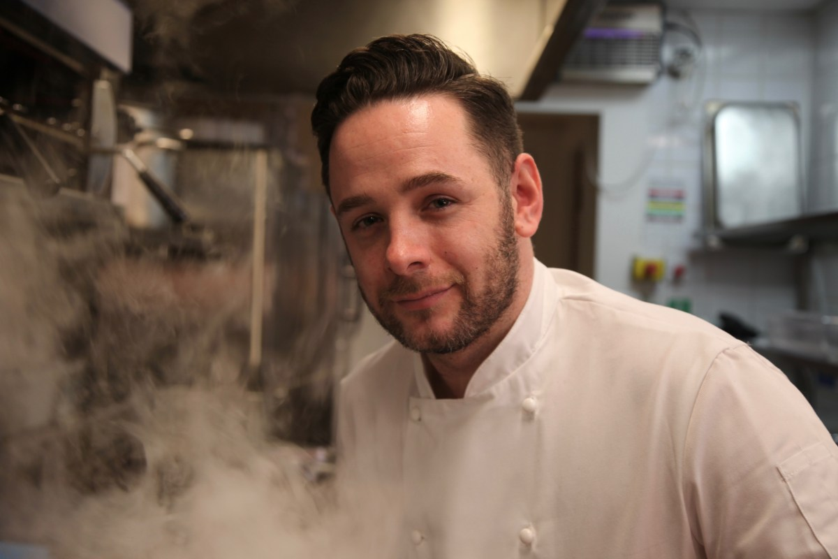 Meet the chef kitchen 999 emergency chefs james cathcart