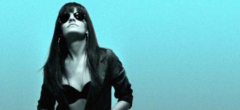 Η ελληνίδα ερμηνεύτρια που κλέβει την παράσταση μέσω Youtube