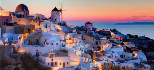 National Geographic: Το ηλιοβασίλεμα της Σαντορίνης στα 10 καλύτερα στον κόσμο