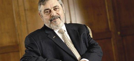 Ιδρυτής της κορυφαίας εταιρείας τραπεζικού λογισμικού στον κόσμο