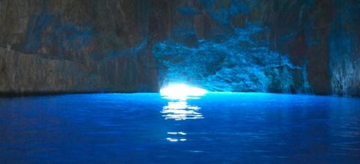 Ένα ελληνικό σπήλαιο στα πιο εντυπωσιακά του κόσμου