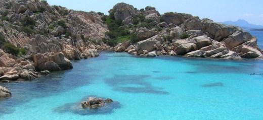 """6 ελληνικά νησιά στα καλύτερα """"μυστικά"""" νησιά της Ευρώπης"""
