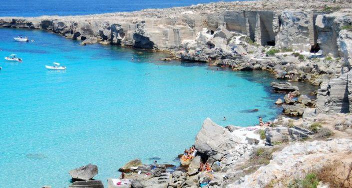 Tripadvisor 5 greek beaches among the 25 best beaches in for Calla rossa