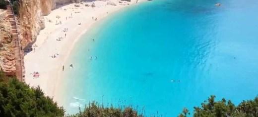 3 ελληνικές παραλίες στις 20 καλύτερες στον κόσμο