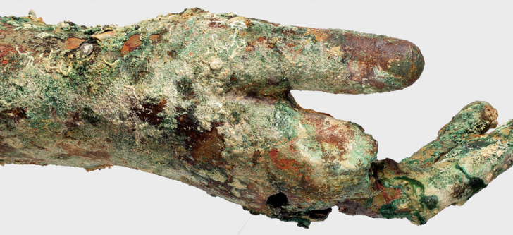 New archaeological treasures from the Antikythera shipwreck