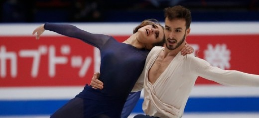 Gabriella Papadakis wins third world title