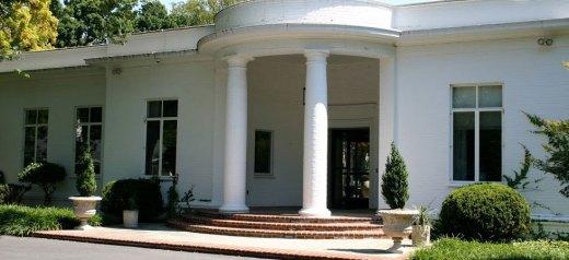 Το Κέντρο Ελληνικών Σπουδών του Χάρβαρντ και στο Ναύπλιο