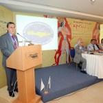 Ο Οικοδεσπότης Νομάρχης Λασιθίου, Σήφης Αναστασάκης, καλωσορίζει τους Ομογενείς συμπατριώτες του στην αγαπημένη τους Κρήτη