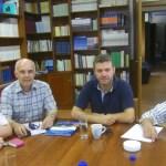 Από δεξιά ο Νομάρχης Μαγνησίας Απόστολος Παπατόλιας, ο Δήμαρχος Μελιβοίας Αντώνης Γκουντάρας και ο Πρόεδρος της Συνομοσπονδίας Θεσσαλικών Ομοσπονδιών και Συλλόγων  Διαμαντής Γκίκας, αριστερά.
