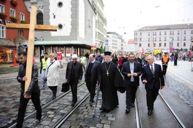 Kundgebung für verfolgte Christen, Schweigemarsch und Kreuzwegandacht (Pressestelle Bistum Augsburg)