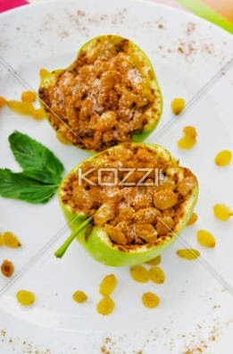 Dessert – Apples Stuffed With Raisins