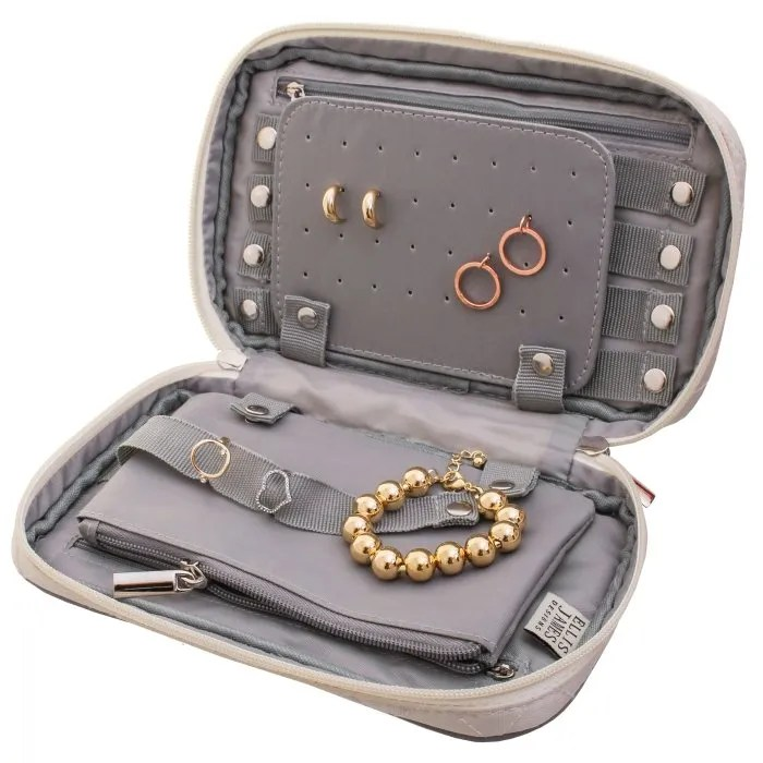 Cream Travel Jewelry Keeper