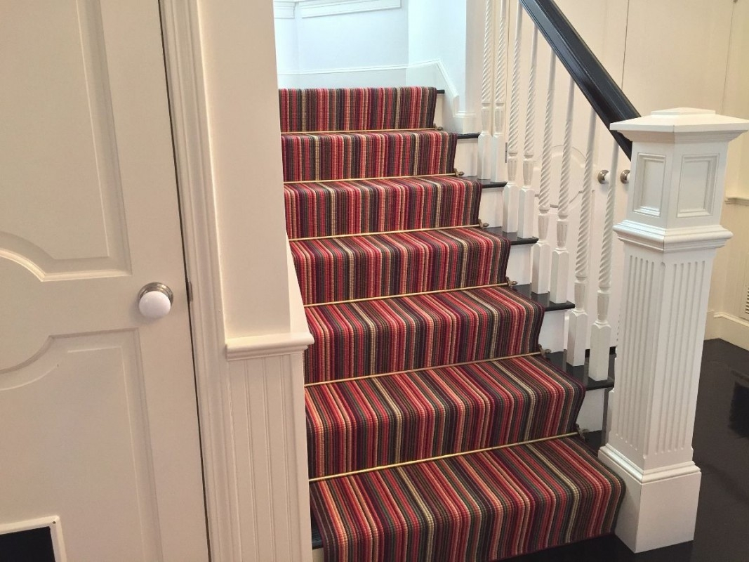 Designers Share Expertise About Rugs Wall To Wall Carpets The   Fitting Sisal Carpet On Stairs   Seagrass   Herringbone Carpet Runner   Grey   Seagrass Stair Runners   Stair Tread