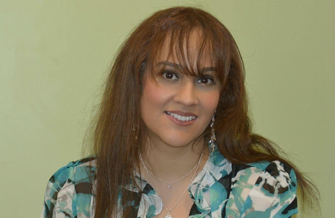April Arroyo Nude Photos 19
