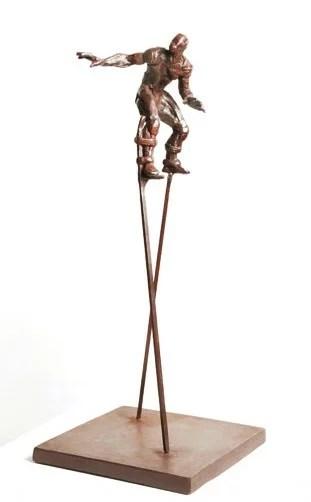 Suarez Reguera Fernando, Zancudo IX, escultura bronce y hierro, edición 50 ejemplares, 48x20x20 cms. 1100 (2) – copia