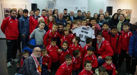 Xirivella expone 'Doblete histórico' del Valencia CF