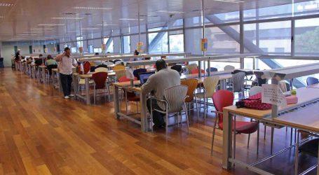 Las bibliotecas de Torrent abren 17 horas al día hasta el próximo 10 de julio