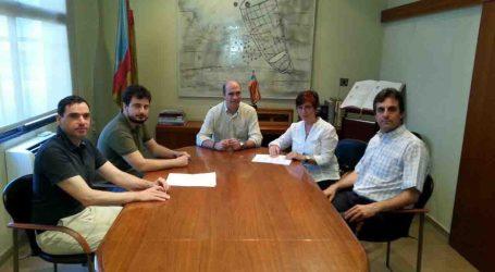 Ortí firma un convenvio económico con los propietarios de Alqueria Nova de Xirivella