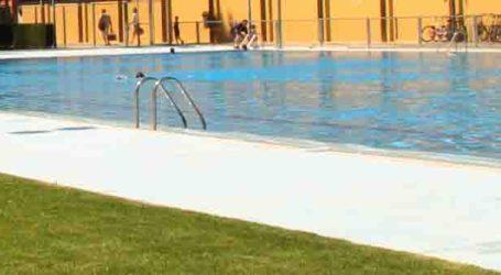 Los vecinos de Benetússer pueden disfrutar de la piscina de Massanassa con un 50% de descuento