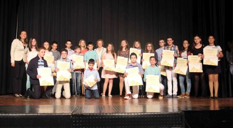 Torrent premia a sus mejores alumnos