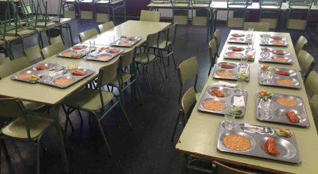 Un centenar de niños utiliza el servicio de comedor escolar los fines de semana en Paterna