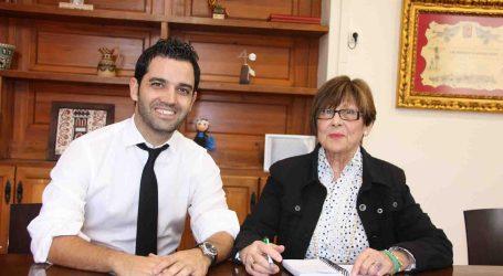 El alcalde de Paterna restituirá el salario a la Defensora del Vecino