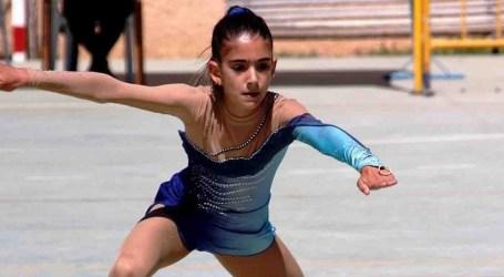 Una joven de Paiporta, en el Campeonato de España de Patinaje Artístico