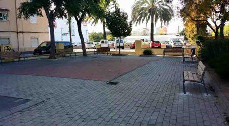 Renovación con nuevos elementos de mobiliario urbano en Burjassot