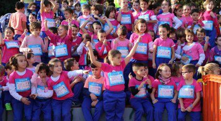 Los escolares de Mislata corren por Unicef el día Internacional de la Infancia